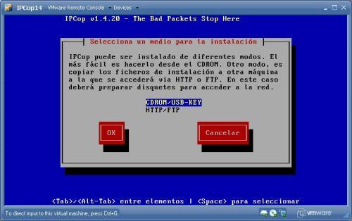 Se puede instalar via CD-rom, USB o en remoto via http, ftp